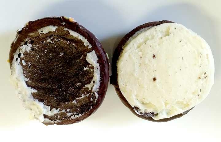 セブンイレブン ウーピーパイのバタークリーム