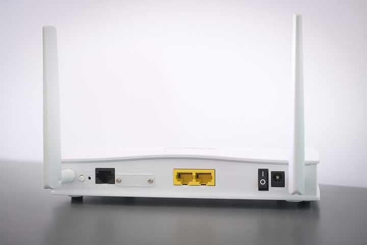 「05050500189」の正体はauサポートを名乗るネット回線営業の電話でした