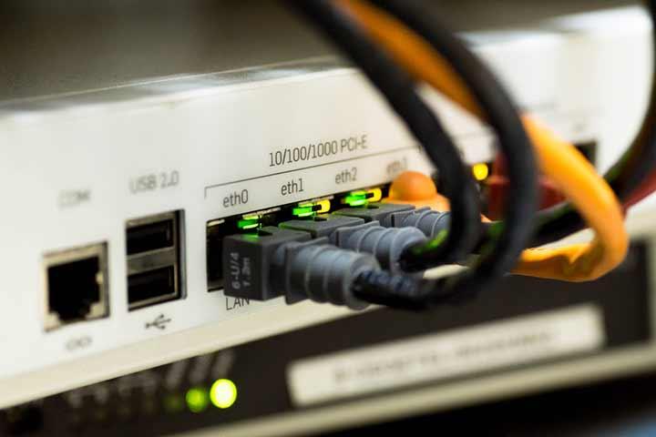 『05038220969』の正体はNTTを装うネット回線営業の電話