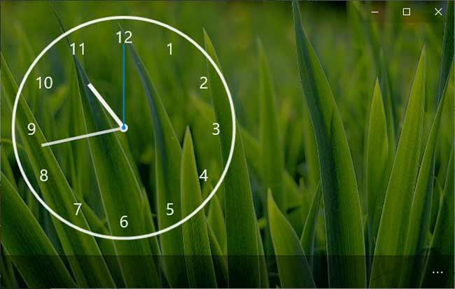 Nightstand Analog Clock