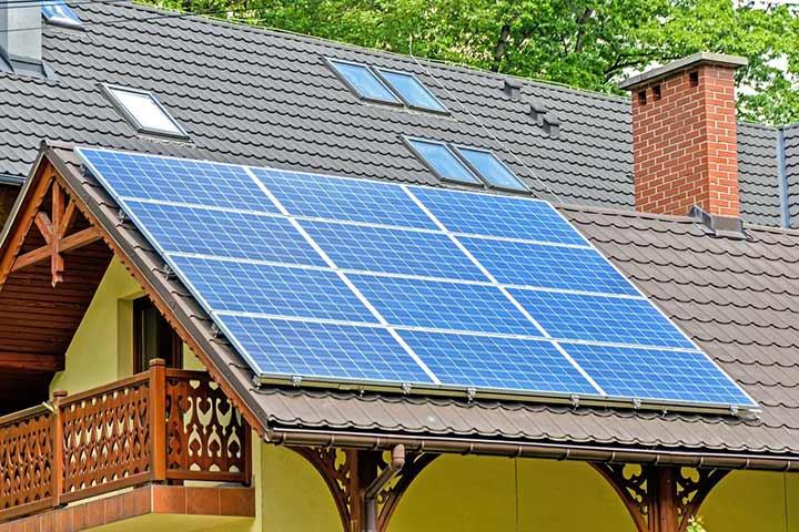 『0222043657』の正体は東日本メンテナンスの太陽光パネルの確認電話